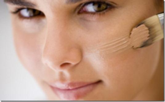 Aprenda-a-disfarças-espinhas-e-marcas-de-expressão