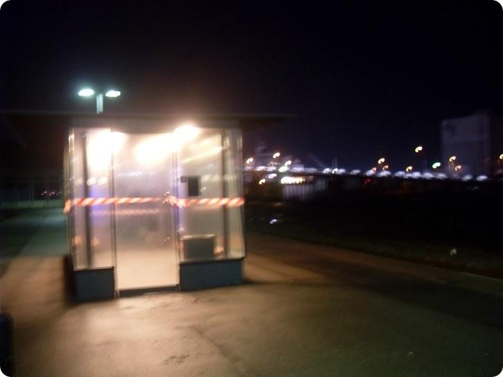 Rødby Færge Station - i mørke...
