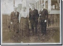 GGrandmaThorpeGould & her sons-circa 1920