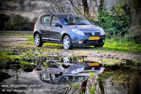 [Dacia%2520Sandero%2520als%2520Kunst%252004.jpg]