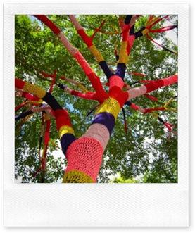 yarn bomb2