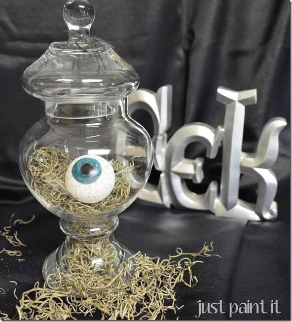 make-spooky-eyeballs-L