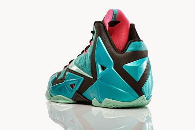 nike lebron 11 gr south beach 4 02 NIKE LEBRON 11 South Beach Remixes Past With Present