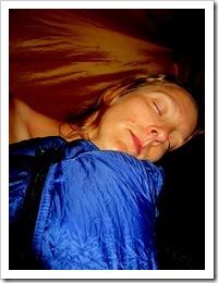 …så jag tog mina ömma knän och kröp in i tältet för några timmars välbehövlig sömn.