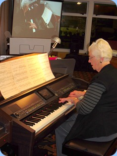 Dorothy Waddel playing two lovely pieces on the Clavinova