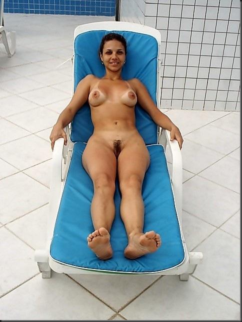 modelo_popular_mulher_pelada_nua_buceta_11