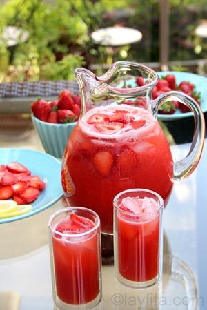 Homemade-strawberry-lemonade