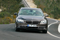 2013-BMW-7-Series-24.jpg