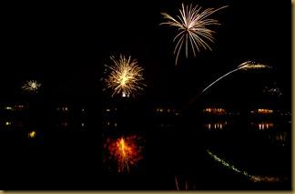 Ski Side Fireworks 7D