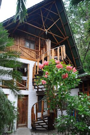 Obiective turistice Costa Rica: Entre Dos Aguas (Samara)