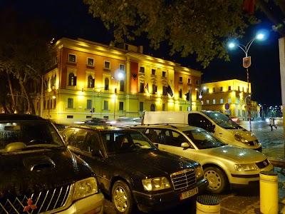 Obiective turistice Tirana: Guvernul Albaniei