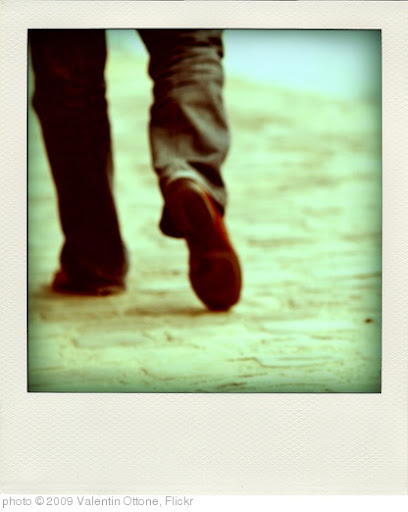 'Walk away from me...' photo (c) 2009, Valentin Ottone - license: http://creativecommons.org/licenses/by/2.0/