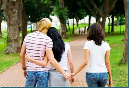 Keep-Your-Man-From-Cheating-Guy-And-Woman-Holding-Hands