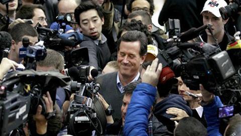 SantorumCrowdWithPress