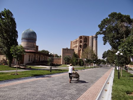 31. Toshkent Street - Samarkand.JPG