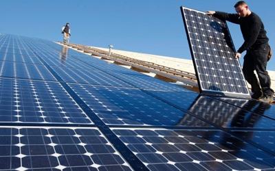 paneles-solares-energía solar-españa-estados-unidos