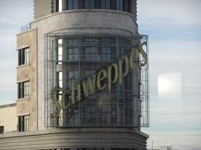 cartel de Schweppes, plaza de Callao.Madrid