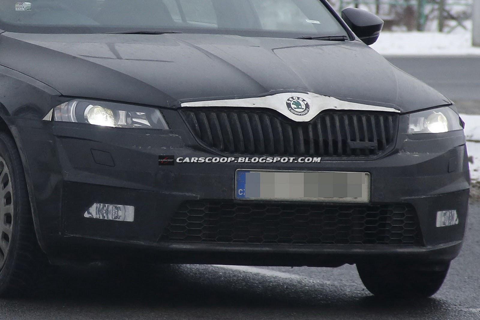 New Skoda Octavia Combi RS Spied (Images)