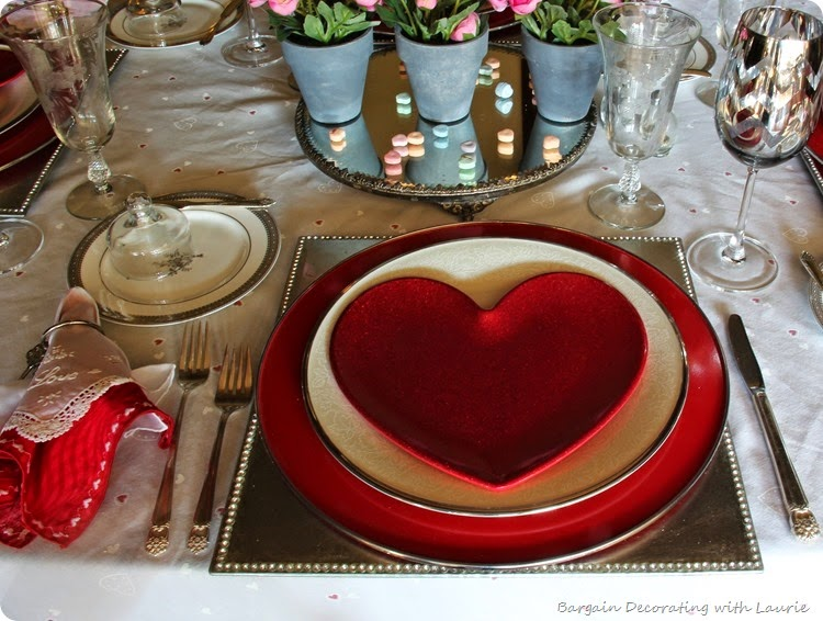 VALENTINE TABLE 3