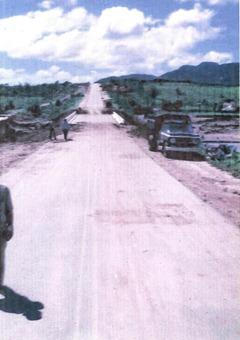 Construção da Ponte - Após enchente de 1981