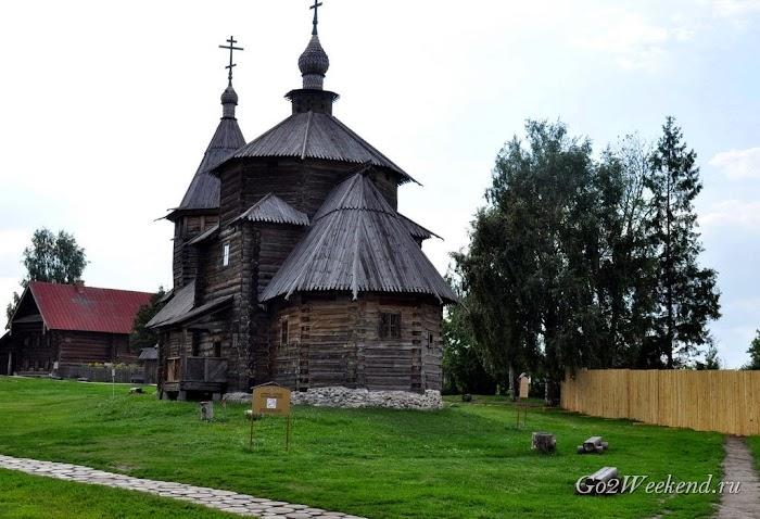 Suzdal_museum_derevianogo_zodchestva