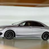 2014-Mercedes-CLA-39.jpg