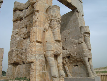 Things to see in Persepolis: The Gate of all Nations