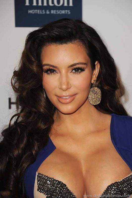 kim-kardashian-linda-sensual-sexy-sedutora-boob-peitos-decote-ass-bunda-gostosa-desbaratinando-sexta-proibida (102)