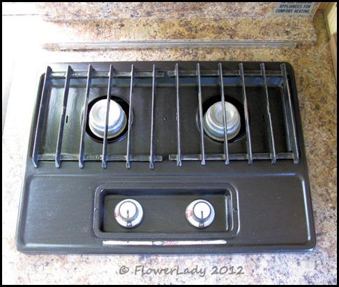 06-27-caravan-stove
