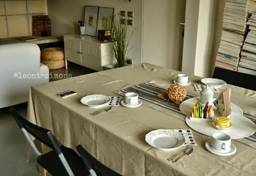 Tea-table.ridimensionata