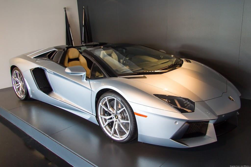 Lamborghini has just released a brand new edition of their storied lamborghini huracan lp 610-4 avio ($tba)