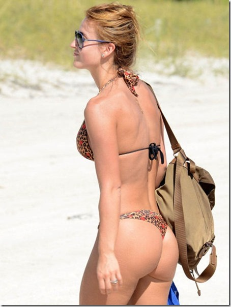 celebrity-beach-bum-37