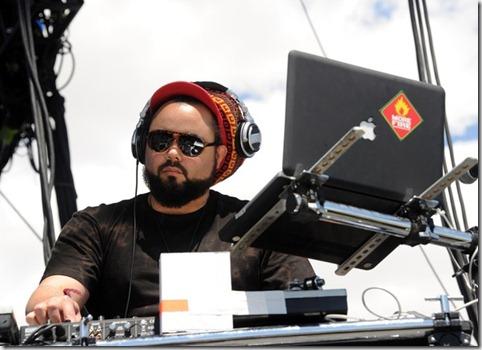2012 Coachella Music Festival Day 2 gIBpEN-ZOtFl