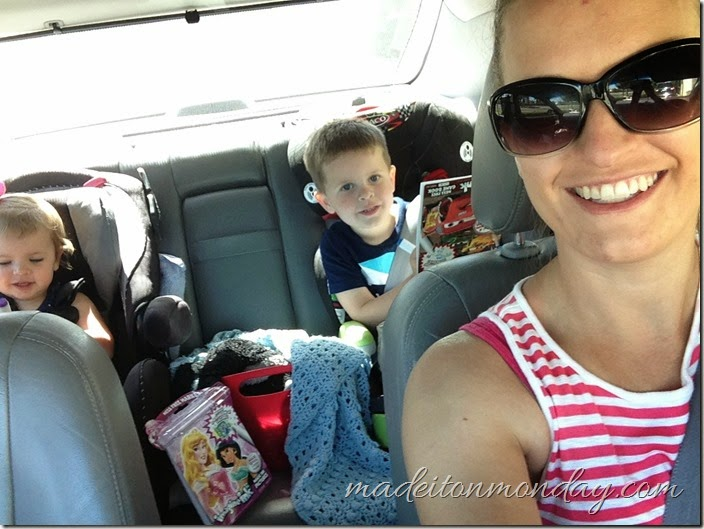 Road Trip Activities for toddlers & preschoolers and tips for staying sane when driving by yourself with kids.