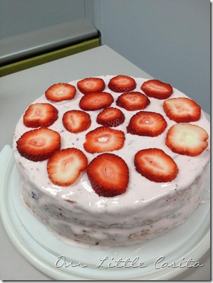 strawberrylemonadecake