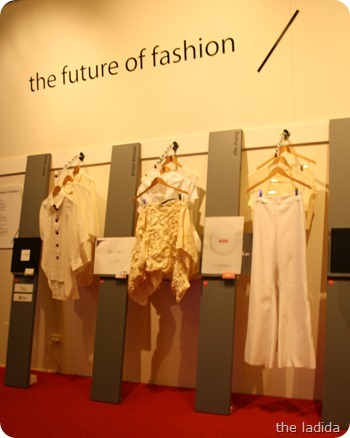 UTS the Future in Fashion Graduate Show 2012 -  (1)[9]
