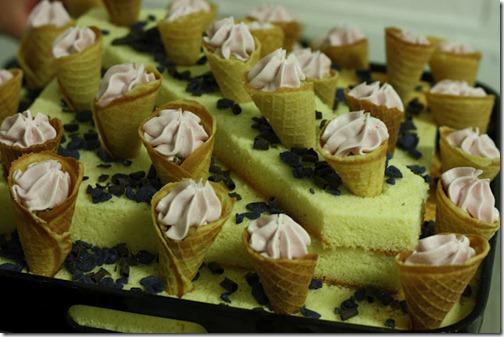 platter-mini-waffle-cones