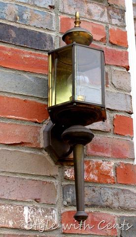 rustoleum oil rubbed bronze spray paint front porch light fixture 5