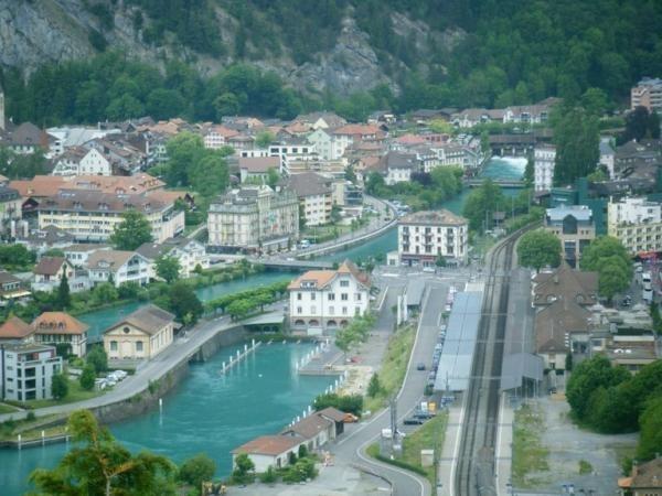 انترلكن سويسرية