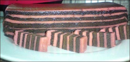 kek lapis vanilla chocolate