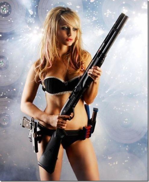 hot-women-guns-15