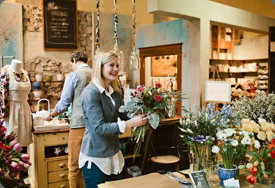 487905_501202763260004_240009740_n Julie Harmsen Photography and mckenzie powell pop up shop at anthropologie