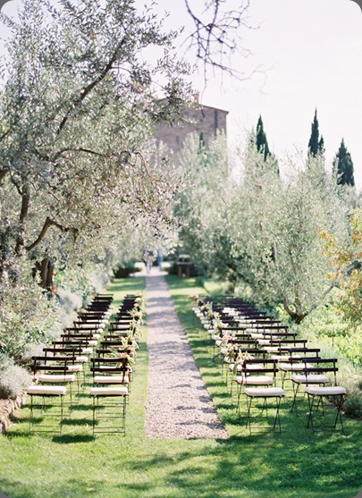 outdoor ceremony site tuscany jose villa