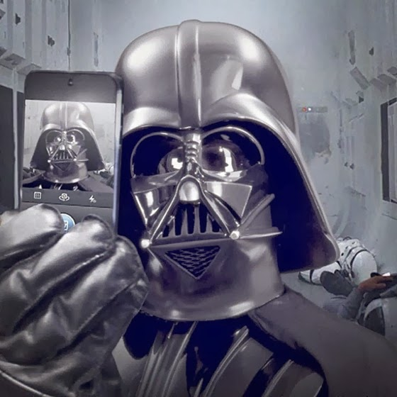 selfie-darth-vader