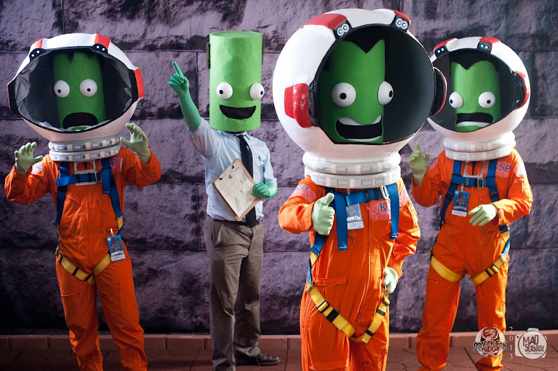 Kerbal Space Program Cosplay at Dragon Con via Reddit