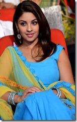 Richa_Gangopadhyay_cute_stills