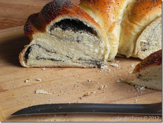 poppy-seed-challah-twelve-loaves-october-4