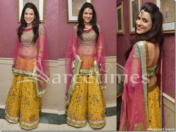 Yellow_Embroidery_Lehenga