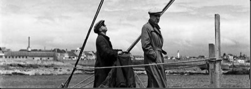 Marcel Carné et Jacques Prévert sur le tournage de La Fleur de l'âge, 1947 (©ÉMILE SAVITRY, COURTESY SOPHIE MALEXIS)