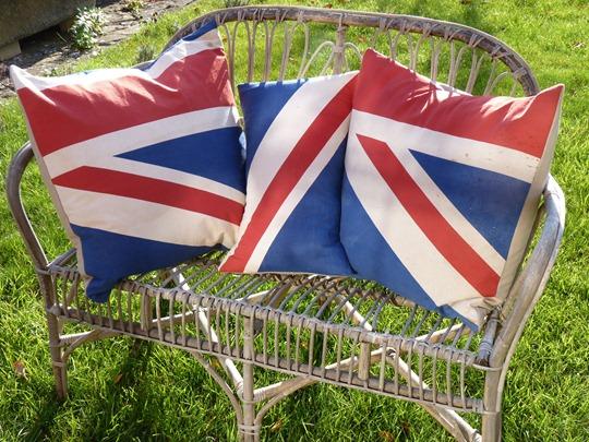 union cushions 003